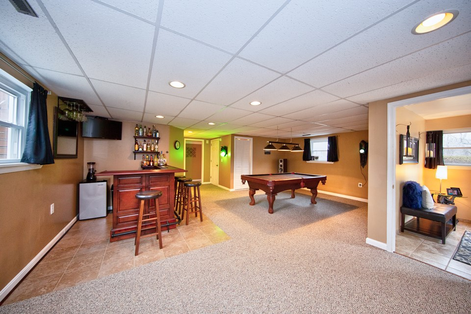 finished lower level recreation room